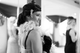 Braut an ihrem JGA Burlesque Tanzkurs in Berlin
