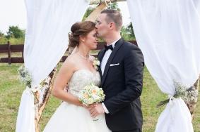 Hochzeitsfoto für dem selbstgebauten Baldachin