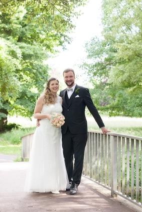 Landhochzeit - Hochzeitsfotoshooting im Grünen