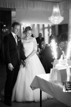 Hochzeitstorte mit kleinem Feuerwerk
